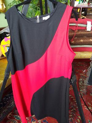 Woman's dress for Sale in Miami, FL