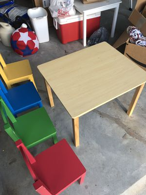 Kids table and chairs - Tot Tutors for Sale in Duluth, GA