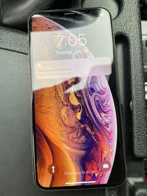 iPhone XS 64gb rose gold unlocked for Sale in Rancho Santa Margarita, CA