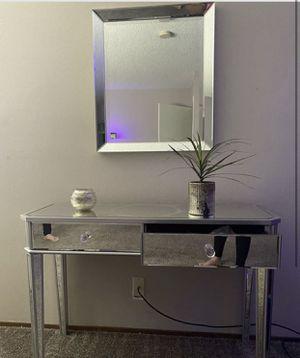 Mirror vanity/side table for Sale in Hayward, CA