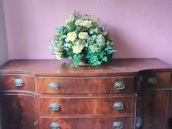 Yellow Silk Roses Arrangement