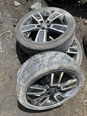 I have 3 rims and tires for Kia Soul 2015 for Sale in Hialeah, FL