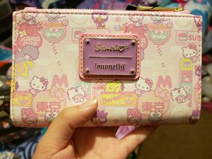 Sanrio Hello Kitty Loungefly Wallet for Sale in Fresno, CA