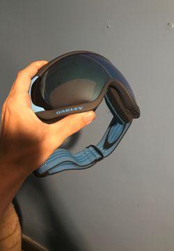 Oakley ski/ snowboard goggles for Sale in Benson,  NC
