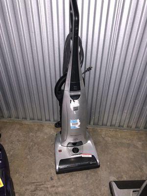Vacuum cleaner for Sale in Lanham, MD