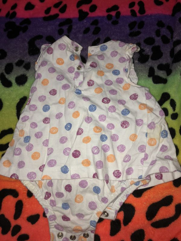 5 pack of baby girl clothes (all 0-3 months)