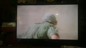 40 inch flat screen tv like new for Sale in Charlottesville, VA