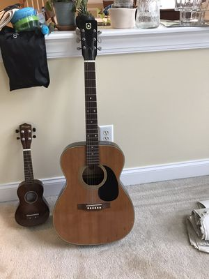 Vintage Univox Acoustic Guitar for Sale in Raleigh, NC