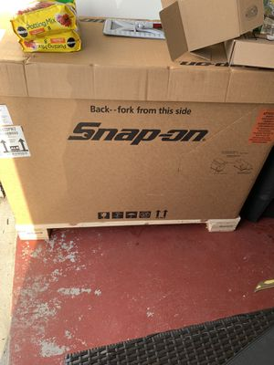55 inch snap-on tool box w/ power draw for Sale in Jackson Township, NJ