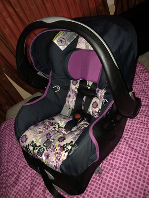Evenflo car seat. for Sale in Erwin, TN