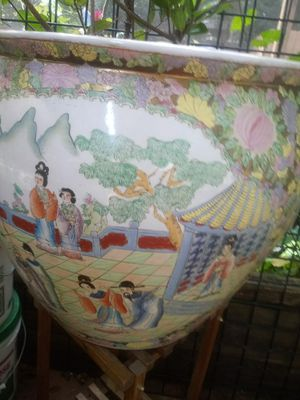 Huge hand painted planter for Sale in Snellville, GA