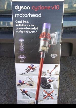 Dyson V10 cyclone for Sale in Salt Lake City, UT