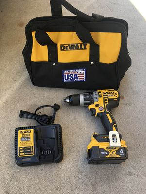 Dewalt brushless hammer drill set for Sale in Phoenix, AZ