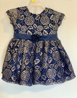 Dress for a girl size: 12month for Sale in Everett, WA