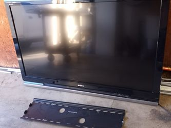 Sony 52 Inch Bratavia TV. Read Desc for Sale in Santa Ana,  CA