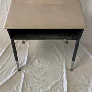Desk for Sale in Norfolk, VA