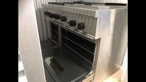 THERMADOR Professional Range, grill & griddle for Sale in Chantilly, VA