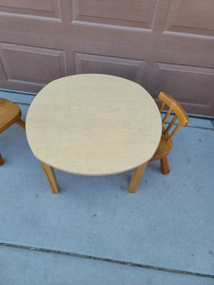 Kids table with 2 chairs for Sale in North Las Vegas, NV