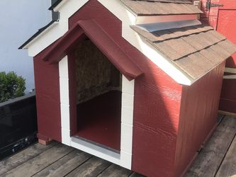 Dog House New Today Sunday In Special for Sale in Bakersfield,  CA