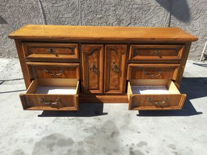 Real wood 9 drawer dresser for Sale in San Bernardino, CA