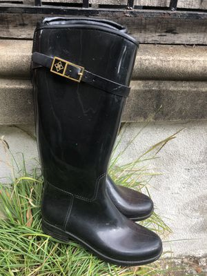 Very nice expensive high quality rubber lines rain boots for Sale in Philadelphia, PA