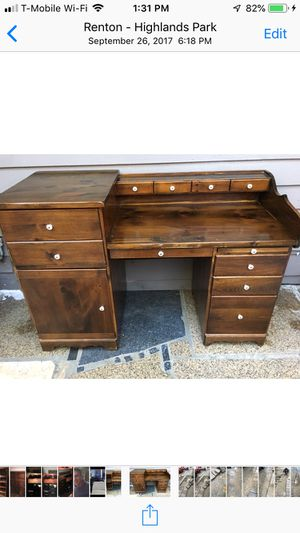 Oak desk Antique for Sale in Renton, WA