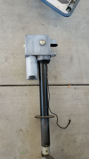 Husky HB 4500 Electric Travel trailer power tongue jack for Sale in Santa Fe Springs, CA