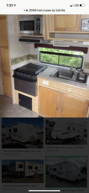 Travel trailer for sale o trade everything working 2006 new tires for Sale in Hialeah, FL