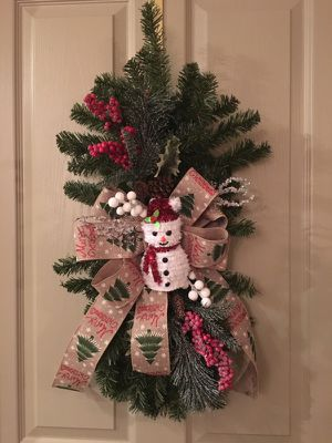 Christmas swag wreath for Sale in Cary, NC