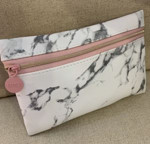 New- IPSY Cosmetics/Accessories Beauty Case/Color- Pink & White Marble for Sale in Calimesa, CA