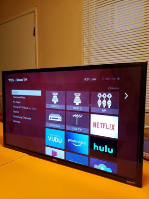 "TCL smart 55"" inch TV with remote control NO STAND for Sale in Los Angeles, CA"
