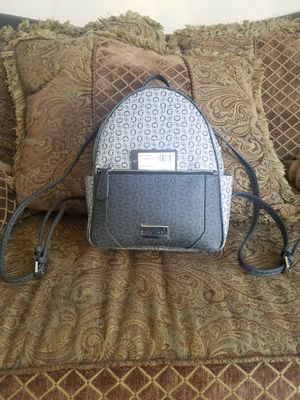 Guess signature logo backpack for Sale in Banning, CA