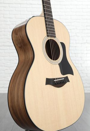 Taylor 114e guitar for Sale in Park City, UT