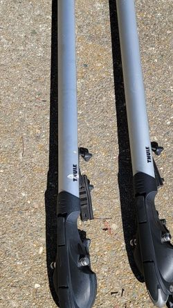Thule BIKE RACKS FOR Roof for Sale in Mountain View,  CA