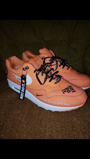 Nike Air Max (Just Do it) Size 11 for Sale in Nashville, TN