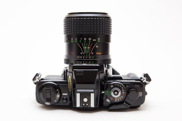 Minolta X-700 35mm SLR Film Camera + Lens!