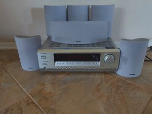 Onkyo Receiver w/Speakers for Sale in La Marque, TX