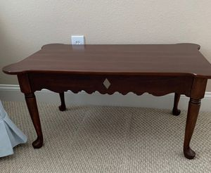 Coffee Table for Sale in Land O Lakes, FL