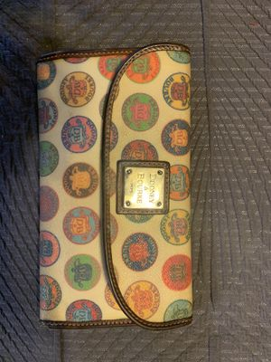 Dooney & Bourke wallet for Sale in Arlington, TX