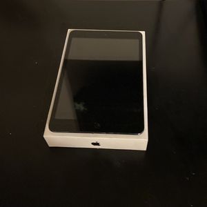 IPad Mini 1 Gen with 3 Cases for Sale in Maplewood, NJ