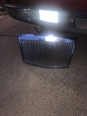 Chrysler grill for Sale in Duncanville, TX