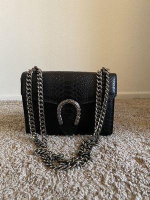 Black Purse with Silver chain for Sale in Aliso Viejo, CA