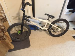 Bmx bike for Sale in Reedley, CA