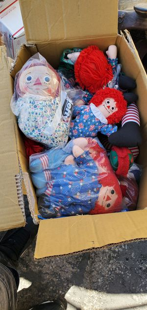 Raggedy ann and raggedy Andy dolls for Sale in Las Vegas, NV