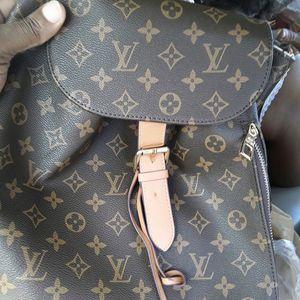 Louis Vuitton purse for Sale in Stone Mountain, GA