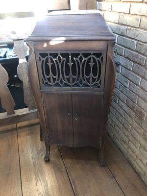 Antique Sonora Victrola for Sale in Walkersville, MD
