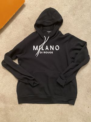Black Milano hoodie Sz lrg for Sale in Camp Springs, MD