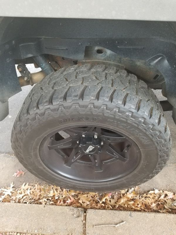 i'm selling i'm rims35X.2.5OR2OLT POWERPLYE SAW TIA for Chevrolet avalanche GMC canyon Chevrolet Tahoe