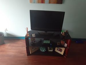 TV with entertainment center for Sale in Nashville, TN