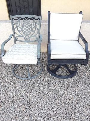 2 patio chairs for Sale in Phoenix, AZ